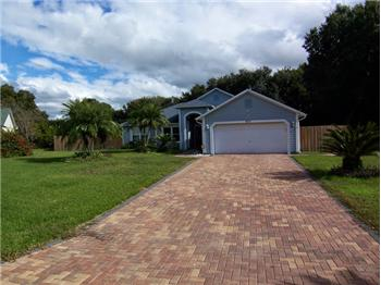 3017 Clamont Lane, Eustis, FL