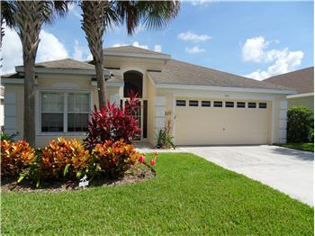 916 NW Waterlily Place, Jensen Beach, FL