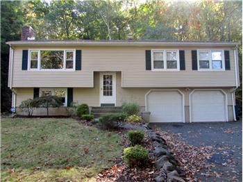 165 Eramo Terrace, Hamden, CT