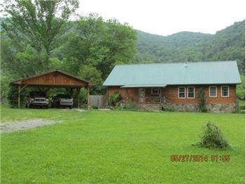 6143 Stinking Creek Rd., Pioneer, TN