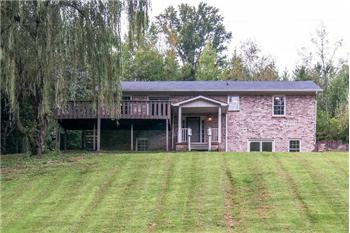 5811 Fly Hollow Rd, Santa Fe, TN