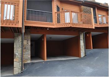 403 Baskins Creek Road, Gatlinburg, TN