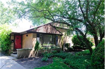 9245 Forestview Road, Evanston, IL