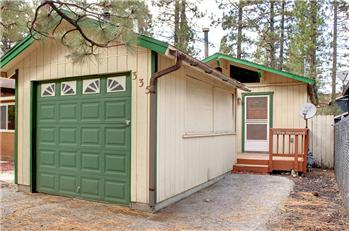 335 W. Sherwood Blvd., Big Bear City, CA