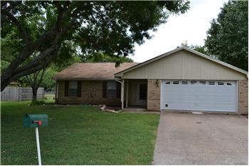 309 Lindenwood South, Hewitt, TX
