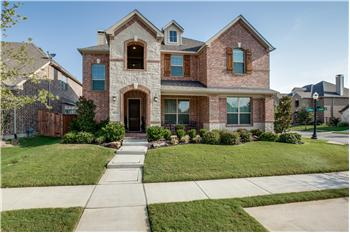 6833 Swallow Lane, North Richland Hills, TX