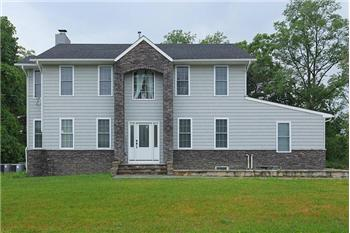 1126 Berkley Rd, Gibbstown, NJ