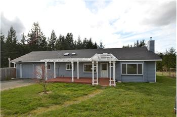 395 Sunset Dr, Oak Harbor, WA