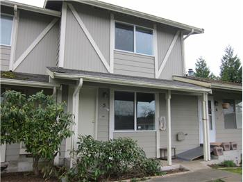 685 SE Ireland St #5, Oak Harbor, WA