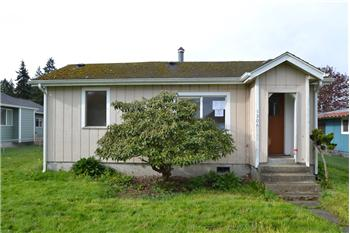 1306 Caroline St, Port Angeles, WA