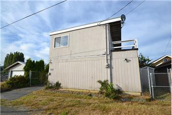 135 W 13th St, Port Angeles, WA