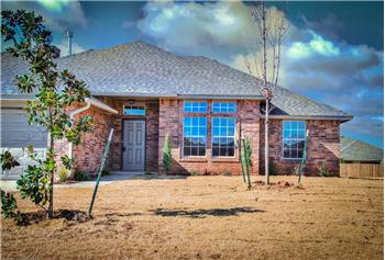 727  S POINTE LANE, MUSTANG, OK