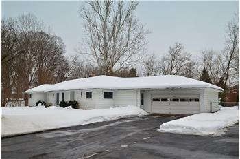 7631 Maple Road, Baldwinsville, NY, NY