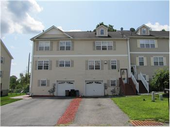 77 Peach Place, Middletown, NY