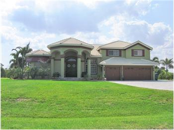 1328  SW Squire Johns Lane, Palm City, FL