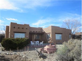 27 Pueblo Road, Taos, NM