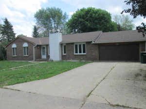 W1475 Birchwood Rd, Bloomfield, WI
