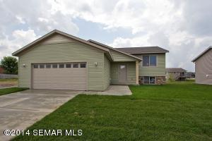 5370 Castleview Dr NW, Rochester, MN