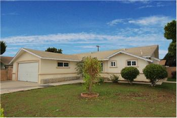 1025 West Las Flores Way, Santa Maria, CA