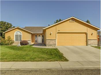 307 S Neskowin Way, Eagle, ID