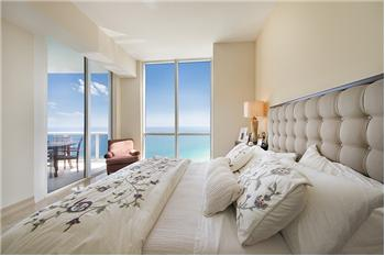 18101 Collins Avenue PH5304, Sunny Isles Beach, FL