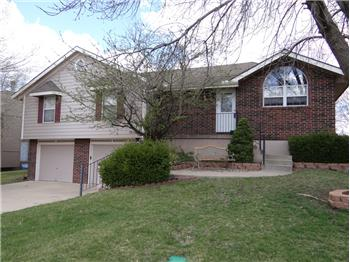 1616 ne misty lane, Lee s summit, MO