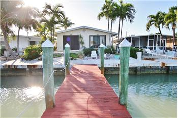 40 7th St, Key Colony Beach, FL