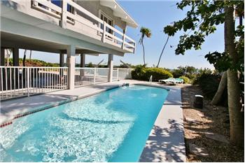 312 E Seaview Circle, Duck Key, FL