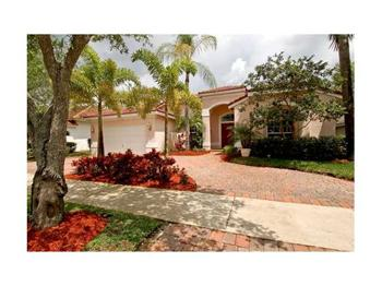 2670 Oakbrook, Weston, FL