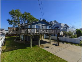 305 S 3rd Street, Surf City, NJ