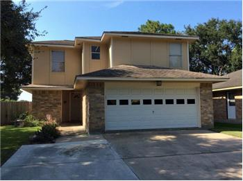 2601 La Mesa, Bay City, TX