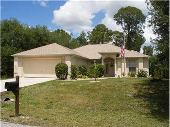 18180 Wallace Ave., Port Charlotte, FL