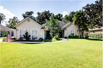 1892 Sentry Oak Court, Fleming Island, FL