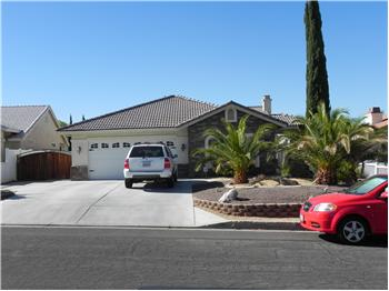 12756 Fairway Rd, Victorville, CA
