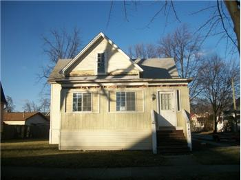 1411 Eleventh St, Bay City, MI
