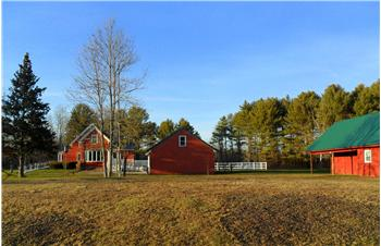 160 Old County Road, Pittston, ME