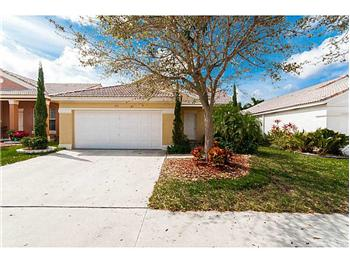878 Briar Ridge Rd, Weston, FL