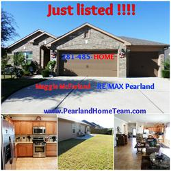 1510 Brook Hollow Dr, Pearland, TX