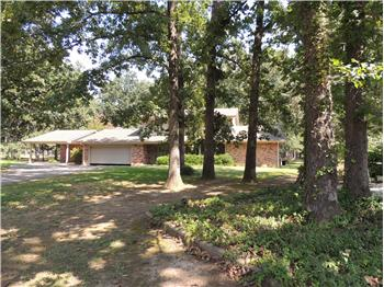 208 Warwick Lane, Idabel, OK