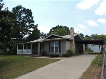 409 Circle Drive, Broken Bow, OK