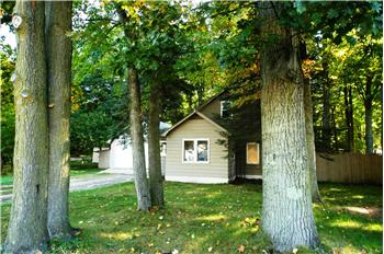 4262 Five Mile Road, Williamsburg, MI