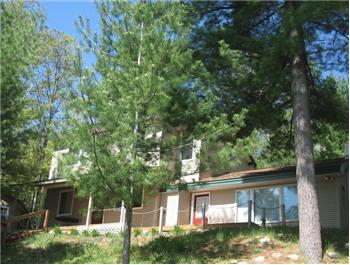 429 Peninsula Trail, Traverse City, MI